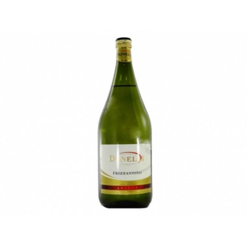 Вино Donelli Frizzantino Amabile bianco 8% 1,5л