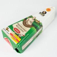 Пармезан Parmigiano regiano 30місяців 1кг